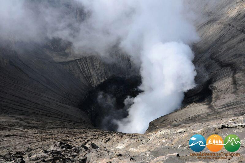 bromo volcano tours