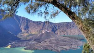 barujari volcano in Mount Rinjani