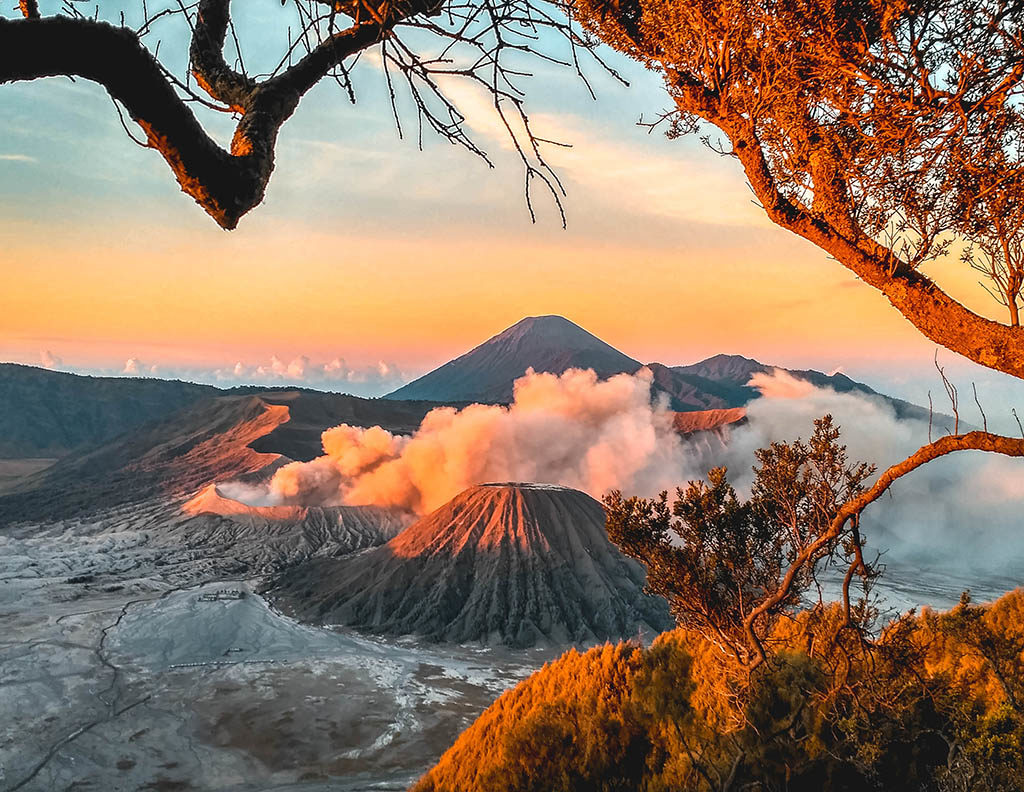 sunrise in mount bromo